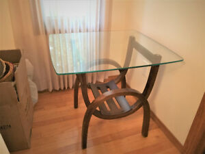 Modern toughened solid glass top on wood Coffee table