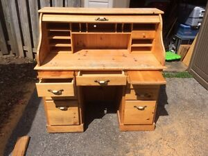 Roll top style desk