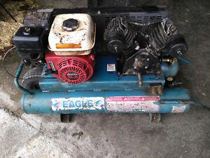 Compresseur à gaz