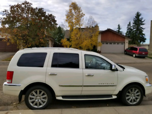 2008 Chrysler Aspen, Fully Loaded