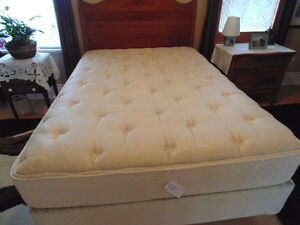 Double no flip mattress and box with frame on rollers