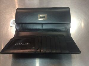 Danier $129 NEW leather wallet ladies women's black