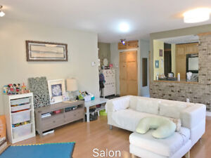 Bright and quiet Condo 4 1/2+ Office 4 minutes to Metro LaSalle