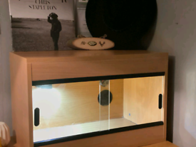 2ft light wooden vivarium