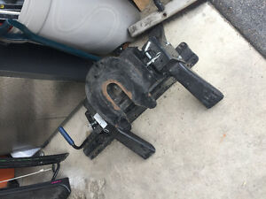 Pro Series 15000LB Fifth Wheel Hitch With Rails