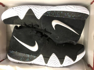 Deadstock Kyrie 4 Basketball Shoes