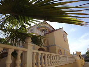 Sunny two bedroom house on the Med, Spain