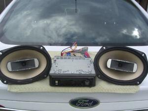 Pioneer CD Deck & Pair 6x9 Speakers