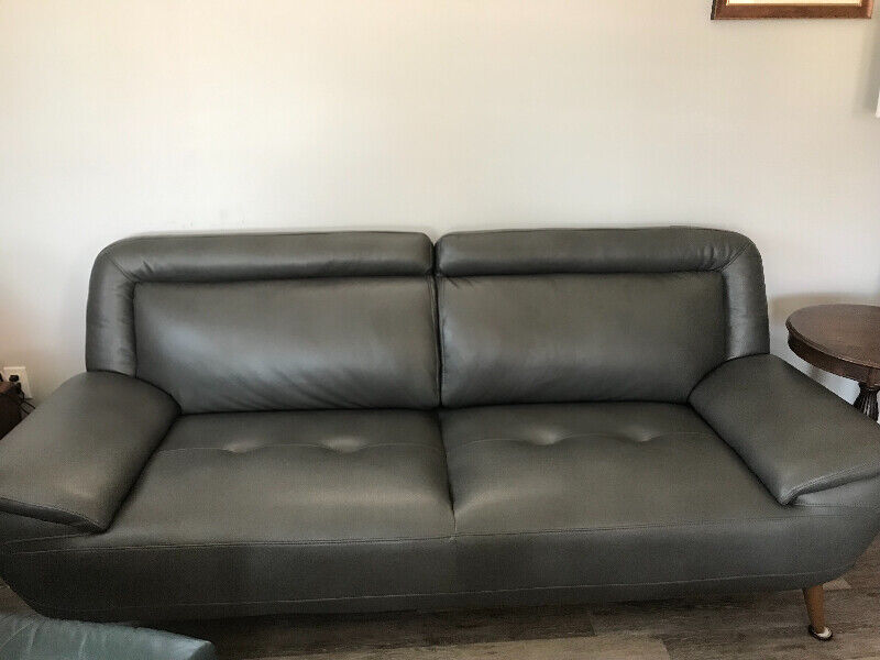 Cindy Crawford Leather Couch 650 00