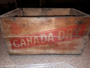 Vintage Canada Dry crate