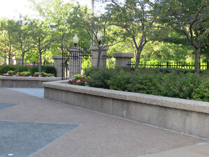 Summer Gardens:  A  Perfect Beautiful  Downtown Location.