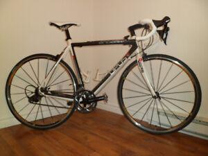 Vélo de route Opus full carbon Grand