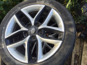 set of 4 Rims for Kia Forte 205/50 R17 205 (selling for rims)