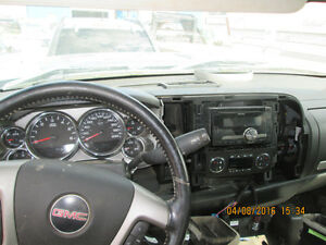 PARTING OUT 2008 GMC Sierra Edmonton Edmonton Area image 3