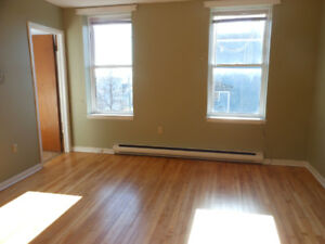 Germain st/1 bedroom/security locked