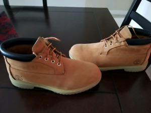 Timberland boots leather waterproof size 10.5