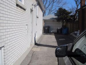 South Etobicoke room for rent - Sept 1st