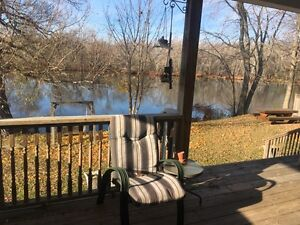 4 bedroom waterfront 10 mins from Peterborough Peterborough Peterborough Area image 8