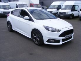 Ford Focus ST 2.0 EcoBoost 250PS (white) 2015