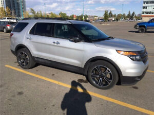 2014 Ford Explorer Sport SUV with Winter Tires!