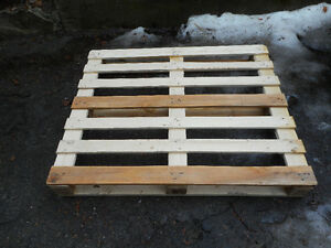 "230, 48"" x 40"" block pallets for sale, 4 way"