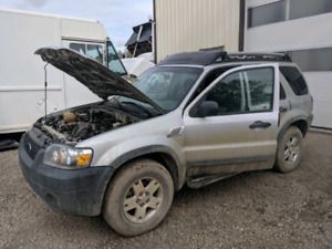 2005 Ford escape  6 cylinder