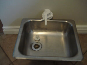 Trailer sink with faucet