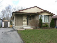 STUDENT HOUSE FOR RENT, 3 BEDROOMS, WATERLOO, LAURIER
