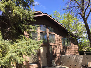 161 Lakeview Cres., Buena Vista - YEAR-ROUND LAKE SIDE HOME!