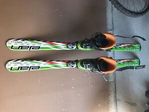Unisex kids skis