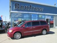 2011 Chrysler Town & Country TouringMAKE ME AN OFFER!!! WONT BE