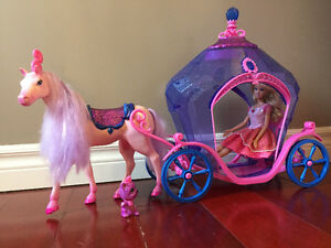 Barbie Diamond Horse and Carriage
