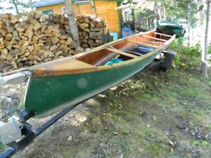26 foot Canoe for sale