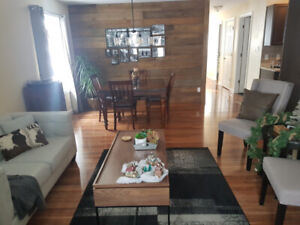 ROOM TO RENT (FURNISHED) New Clean House close to Alg. College