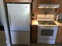 Cuisinière autonettoyante et Réfrigérateur