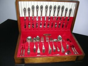 1847 Roger Bros. XS Triple Plate 'Old Colony' Flatware - 78 pcs
