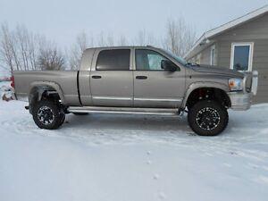 2007 Dodge Power Ram 3500 Laramie Megacab Pickup Truck