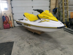 2005 Seadoo GTI 720 3 seater with reverse