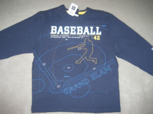 BRAND NEW GAP BASEBALL SHIRT SIZE S(6-7)