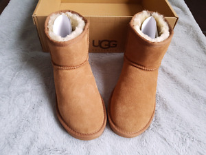 Brand new Authentic UGG shortie boots