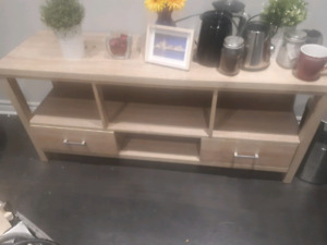 Good condition tv stand