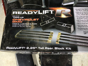 "Ready lift levelling kit 2.5"" front 1"" back 2007 and up chevy/gm"