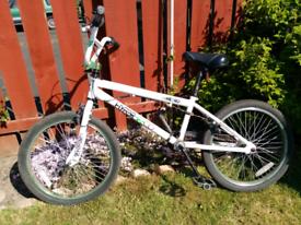 """METRO BMX Bike 20"""""""