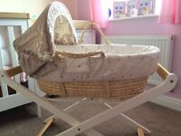 Mamas and papas Moses basket mint condition bought for my daughter but didn't like it