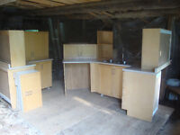USED SET MAPLE DOOR KITCHEN CABINETS