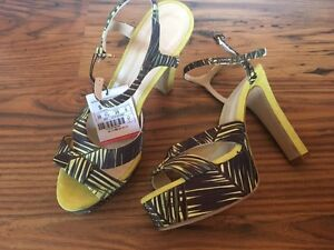 Brand New* Zara Heels - Sz 7.5 Cambridge Kitchener Area image 1