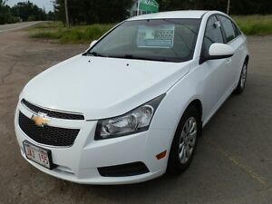 **LOOK** 2011 Chev Cruze LT - Financing Available