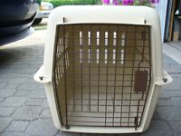 Medium size dog crate/kennel