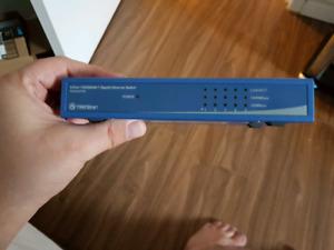 Trendnet switch 5-PORT 1 Gigabit