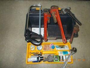 outils et coffres  pour plomberie
